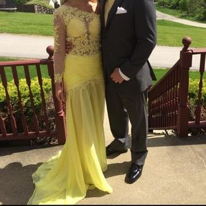 Yellow Lace/Chiffon One Shoulder Prom/Pageant Gown